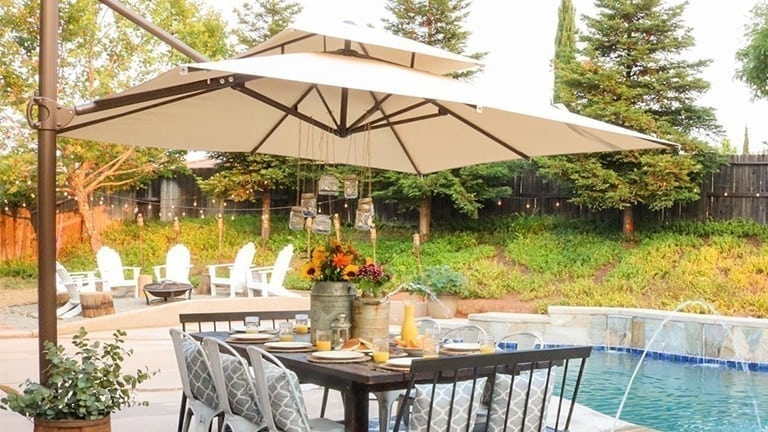 Top 10 Best Outdoor Offset Patio Umbrellas In 2020