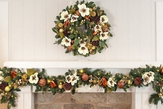 Christmas Garlands.Best Lighted Christmas Garlands Of 2019 Perfect Decoration