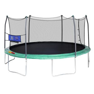 Oval Trampoline with Double Toss Game