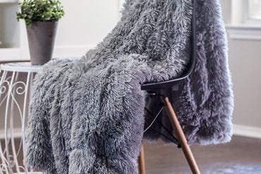 Chanasya Super Soft Long Shaggy Chic Fuzzy Fur