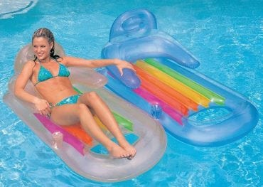 Swimming Pool Lounge Chairs